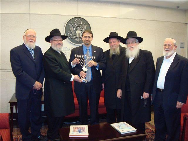 """Israeli Rabbis welcome Hamas call to tear up the Oslo accords saying """"Israel should have done that a long time ago"""""""